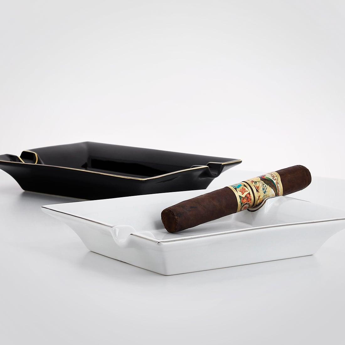 Photo #3 de Cendrier Cigare Porcelaine Blanc