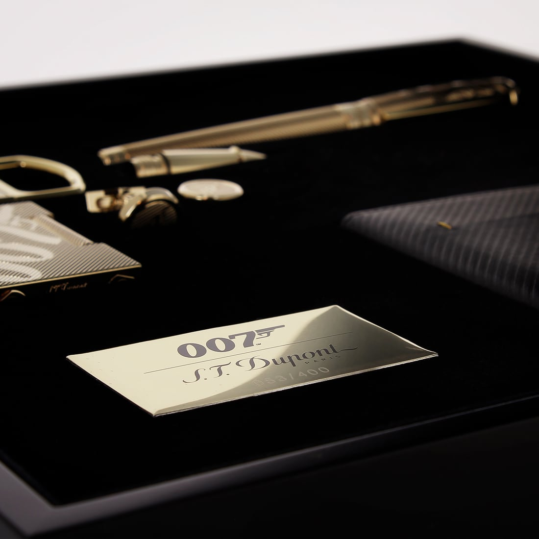 Photo #8 de Coffret Collector S.T. Dupont James Bond 007