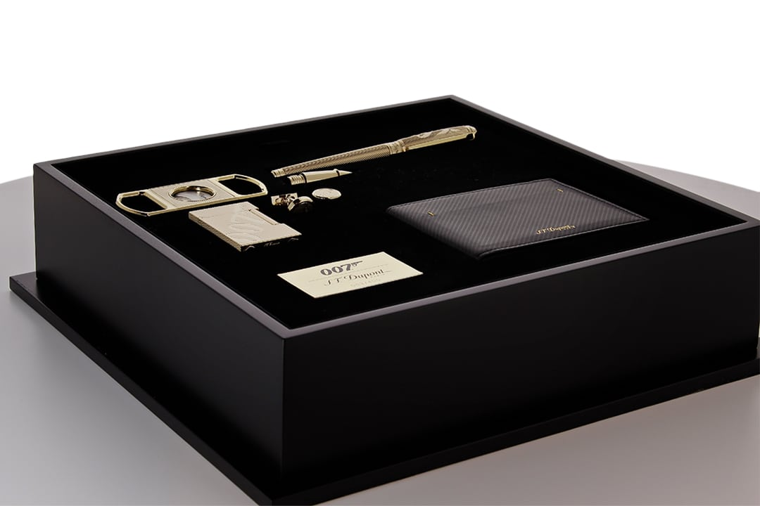 Photo #9 de Coffret Collector S.T. Dupont James Bond 007