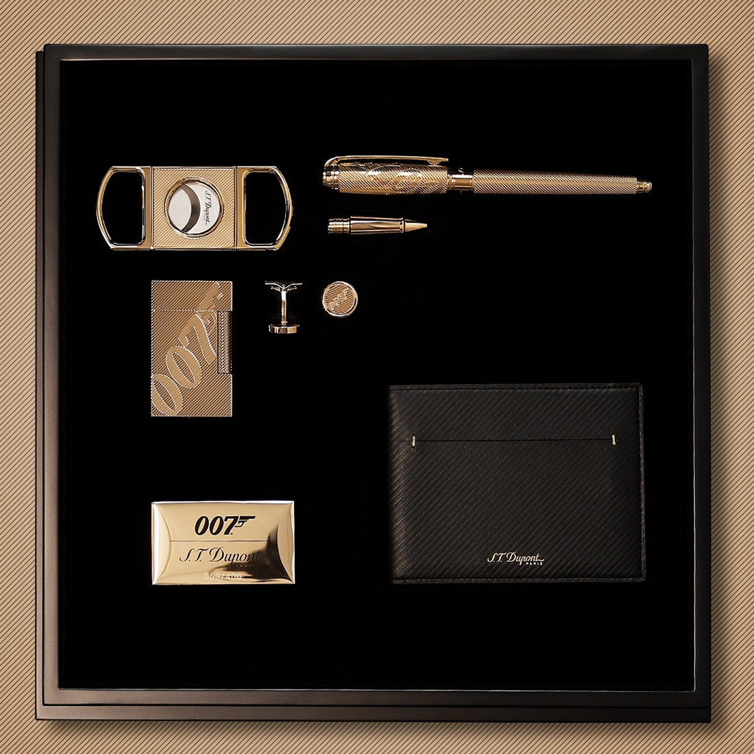 Photo #10 de Coffret Collector S.T. Dupont James Bond 007