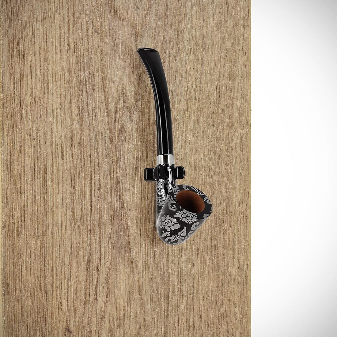 Photo #1 de Pince à pipe métal noire