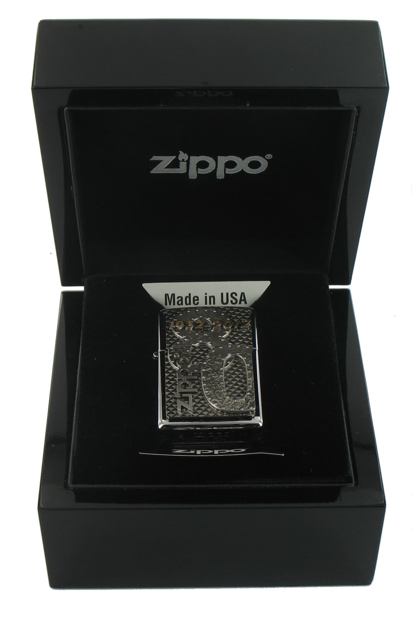 Photo #4 de Zippo Commemorative 1932-2012