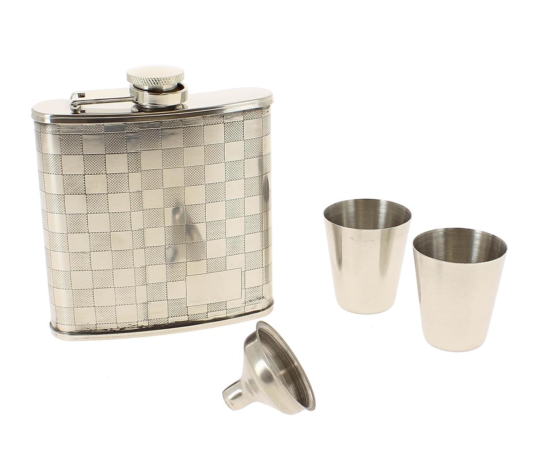 Coffret flasque alcool damier avec accessoires 29 90 for Coffret couture avec accessoires