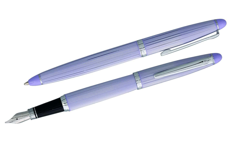 parure stylo daniel hechter paris lavande 26 50. Black Bedroom Furniture Sets. Home Design Ideas